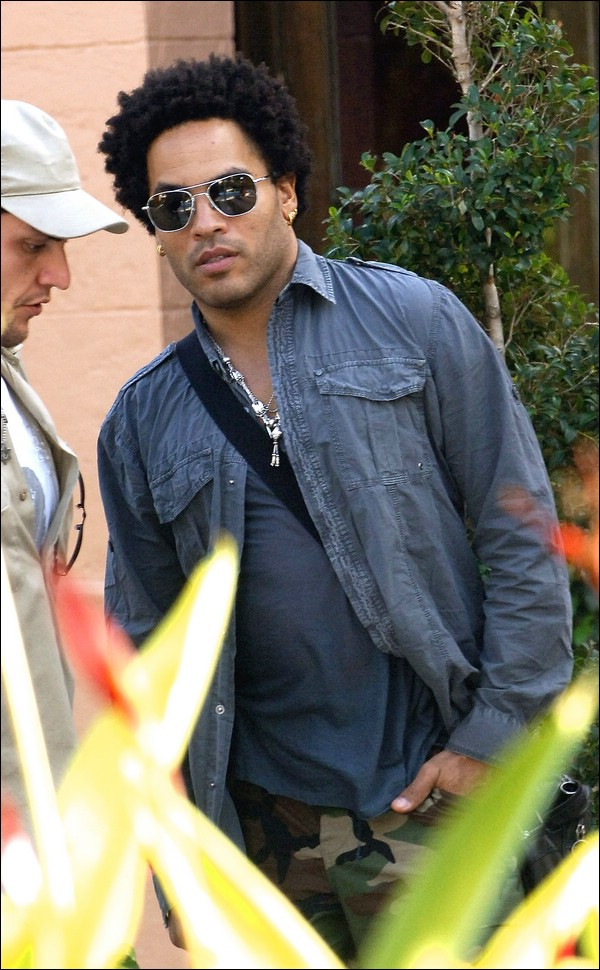 Random Candids: Lenny Kravitz Out & About in Miami Beach