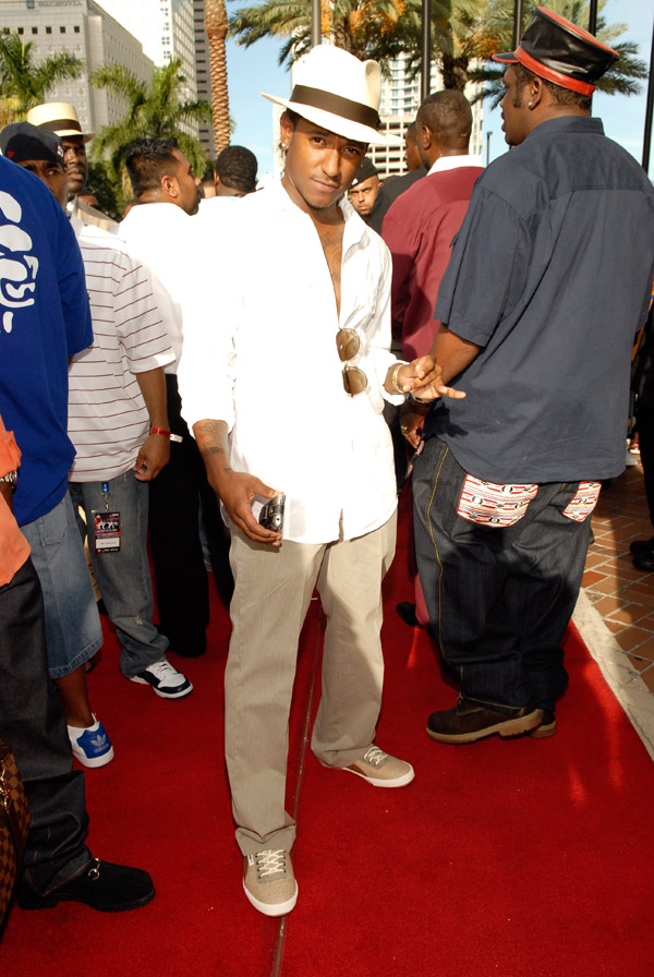Lloyd arriving at the 2007 O'Zone Awards