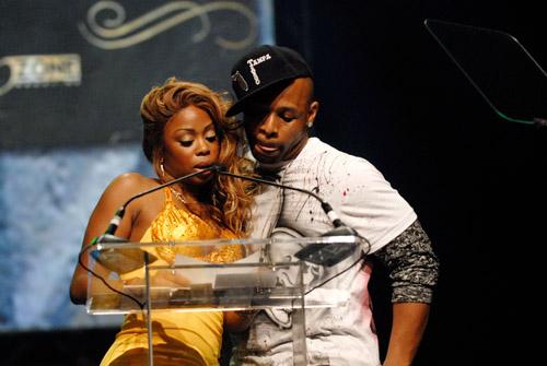 Shay and Tango (lookin hella comfortable … hmm) at the 2007 O'Zone Awards