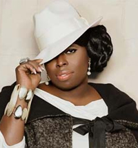 Angie Stone is Pissed at D'Angelo