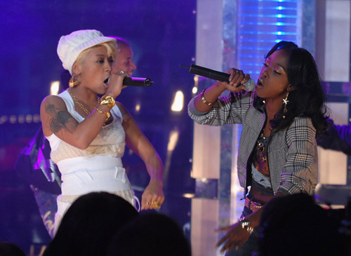 "Keyshia Cole & Amina perform ""Shoulda Let You Go"""