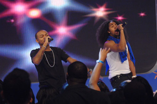 Bow Wow and Omarion performing on 106 & Park - December 11, 2007