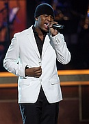 Ne-Yo performs at the '08 BET Honors