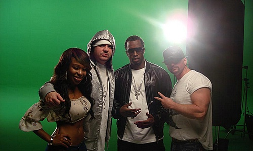 "Porscha (dancer), DJ Felli Fel, Diddy, & Dale 'Rage' Resteghini on set of ""Get Buck In Here"""