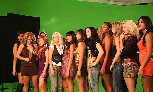 "Video girls on set of ""Get Buck In Here"""