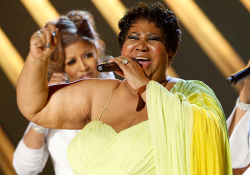 """ARETHA FRANKLIN DIDN'T APPRECIATE BEYONCE CALLING TINA TURNER """"THE QUEEN"""""""