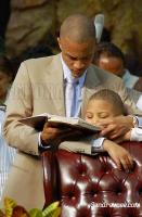 T.I. and his son at Easter (2008) Service at the Georgia Dome