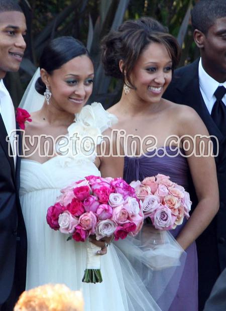 tia mowry wedding photos. Sister Sister star Tia Mowry