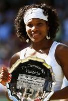 Serena Williams Win Runner-Up Trophy