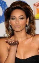 Beyonce // 2008 Los Principales Awards