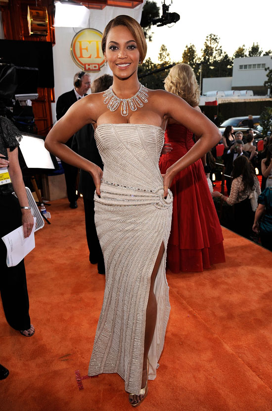 Beyonce // 2009 Golden Globe Arrivals
