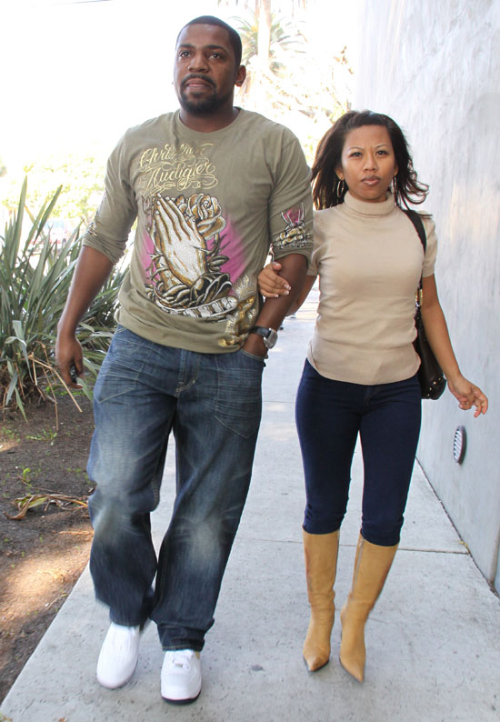 Mekhi Phifer and his fiancee Oni // Shopping in Hollywood