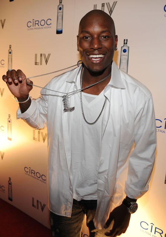 Tyrese // New Years Eve 2009 Party at Fontainebleau in Miami