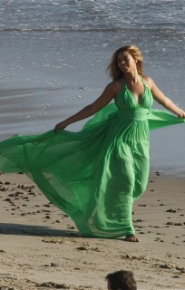 Beyonce on the set of new video