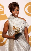 Estelle // 2009 Grammy Awards Press Room