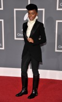 Janelle Monae // 2009 Grammy Awards Red Carpet