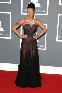 Keyshia Cole // 2009 Grammy Awards Red Carpet