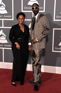 Snoop Dogg & (wife) Shante Broadus // 2009 Grammy Awards Red Carpet
