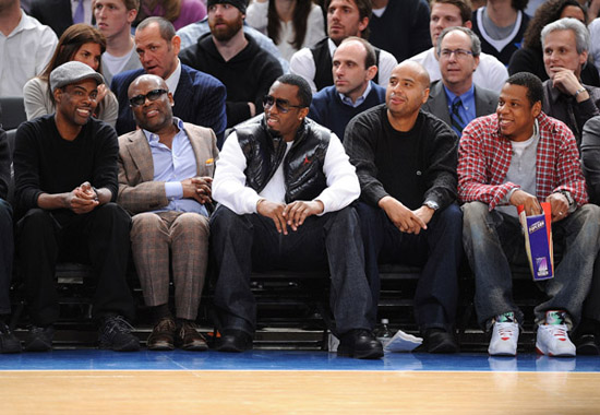 Chris Rock, L.A. Reid, Diddy and Jay-Z // Knicks vs. Cavs basketball game (02.04.09)