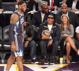 Young Jeezy, Jay-Z and Beyonce // 2009 NBA All-Star Game (Courtside)