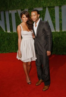 John Legend & Christine Teigen // 2009 Vanity Fair Oscar Party (Red Carpet)