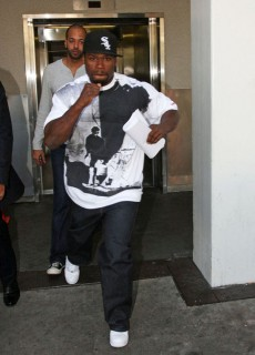 50 Cent at LAX Airport in Los Angeles (Mar. 18th 2009)