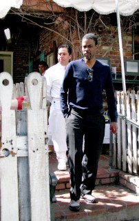 Chris Rock leaving The Ivy Restaurant in Hollywood (Mar. 23rd 2009)