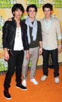 The Jonas Brothers // 2009 Kids Choice Awards Red Carpet