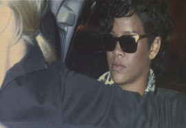 Rihanna // leaving Coco Deville in Hollywood (Mar. 10th 2009)