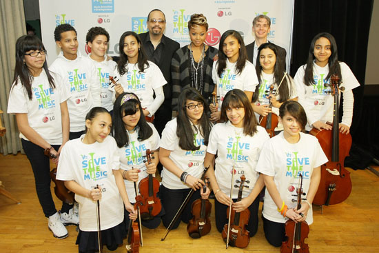 Ice T, Chrisette Michele and students from City College Academy of Arts in NY