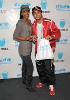 """Kim Porter & son Quincy Brown // Unicef/Tap Event - \""""Tap With a Beat\"""" Concert"""