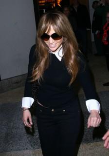 "Jennifer Lopez leaving \""The Lion King\"" on Broadway (Apr. 4th 2009)"