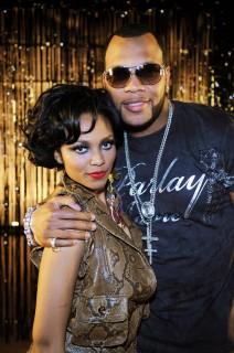 "Flo Rida & Teairra Mari on the set of \""Cause A Scene\"" in Las Vegas (Apr. 7th 2009)"