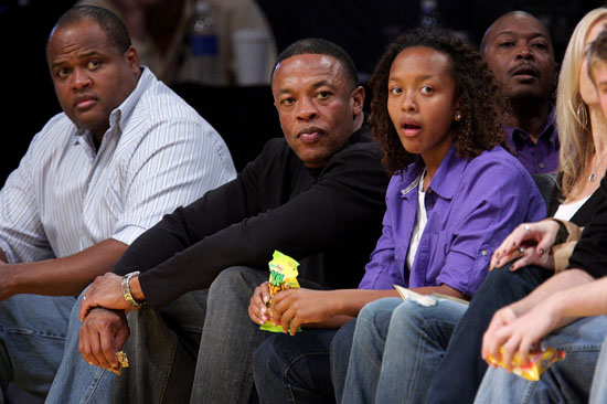 Dr. Dre & his daughter Truly // Lakers game (Apr. 9th 2009)
