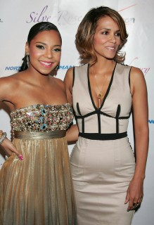 Ashanti & Halle Berry // Jenesse Silver Rose Gala and Auction
