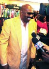 """Steve Harvey // """"Act Like a Lady, Think Like a Man"""" Book Signing"""