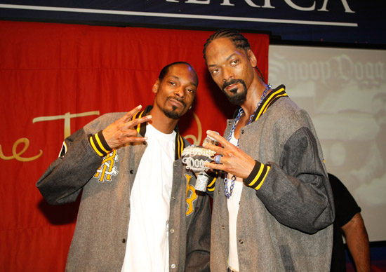 Snoop Dogg and his wax figure at Madame Tussauds in Vegas