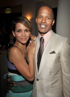 "Halle Berry & Jamie Foxx // ""The Soloist"" premiere in Los Angeles"