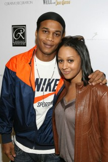 Tia Mowry & Cory Hardict // The E League\'s Super Saturday Championship Basketball Game