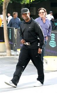 Denzel Washington outside of the Staples Center at the Lakers/Nuggets game (May 27th 2009)