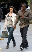 Reggie Bush & Kim Kardashian outside of the Staples Center at the Lakers/Nuggets game (May 27th 2009)
