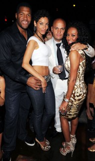Michael Strahan, Nicole Murphy, Stephen Belafonte & Mel B // Manny Pacquiano vs. Ricky Hatton boxing match after party at TAO in Vegas
