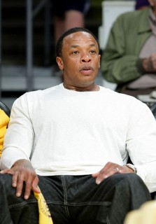 Dr. Dre // Lakers vs. Rockets Playoff Game (May 12th 2009)