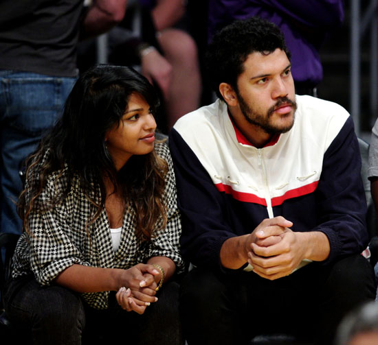 M.I.A. & Ben Brewer at Lakers/Nuggets Playoff game in Los Angeles (May 27th 2009)