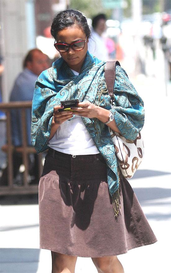 Tatyana Ali at a Beverly Hills nail salon (May 20th 2009)