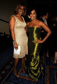 Gayle King & Niecy Nash // 2009 AWRT Gracie Awards