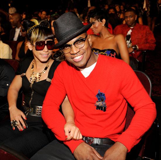 Ne-Yo and his girlfriend Tenille Jiminez // 2009 BET Awards (Audience)