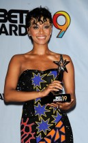 Keri Hilson // 2009 BET Awards (Press Room)