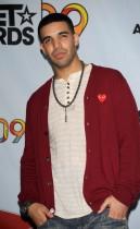 Drake // 2009 BET Awards (Press Room)