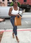 Serena Williams shopping at True Religion in LA (June 9th 2009)